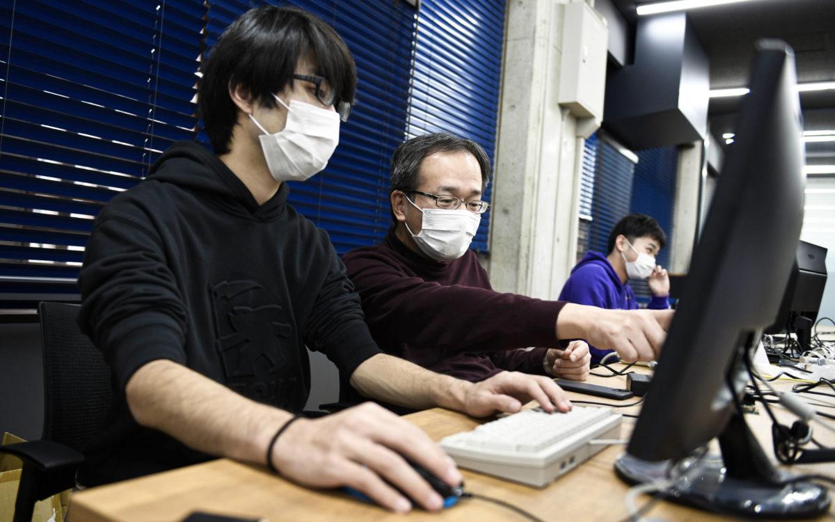 【高専・大学連携クラスター研究室事例紹介】 大学情報工学科教授の研究指導のもとで 国際高専3年生がAIを使った画像認識の研究に取り組む